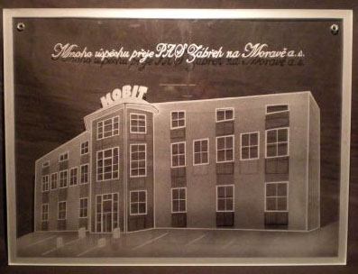 photo: Dárek - jedna z budov firmy