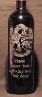 photo: Lahev vína a myslivecký motiv