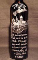 photo: Lahev vína k vánocům