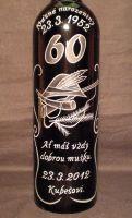 photo: Myslivecký motiv na lahvi vína
